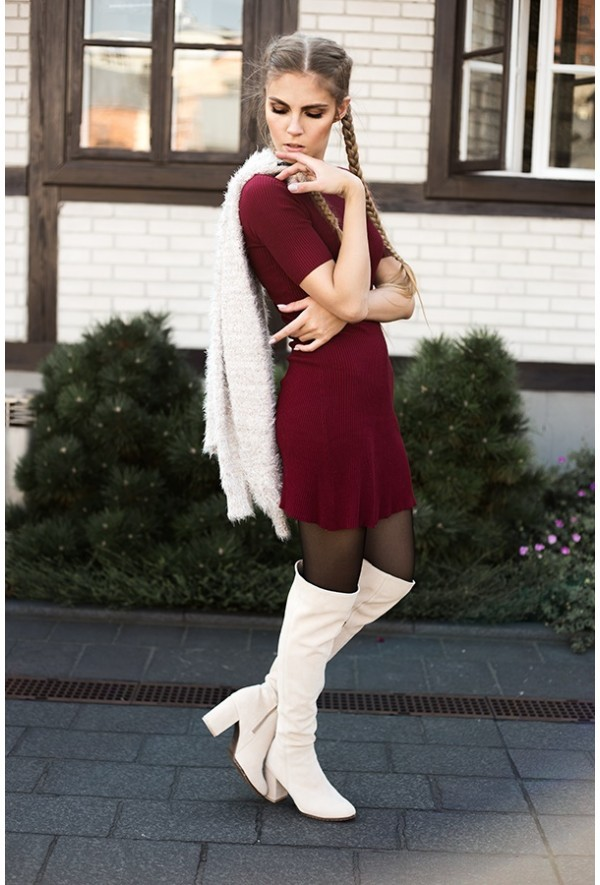 Beżowe kozaki Valentina
