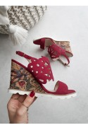 Czerwone sandały na koturnie Jonelle