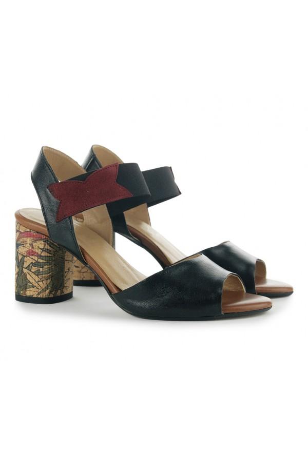 Czarne sandały na słupku Stella