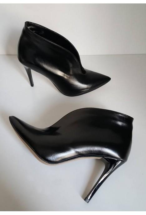 Czarne botki Jewel
