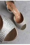 Złote sandały Missty