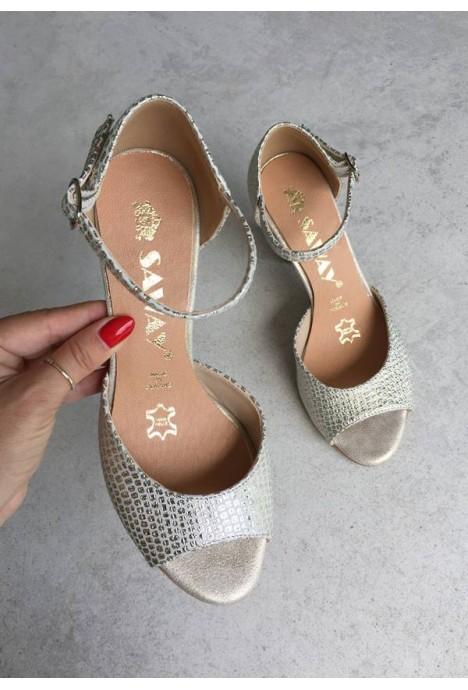 Złote sandały Missty2