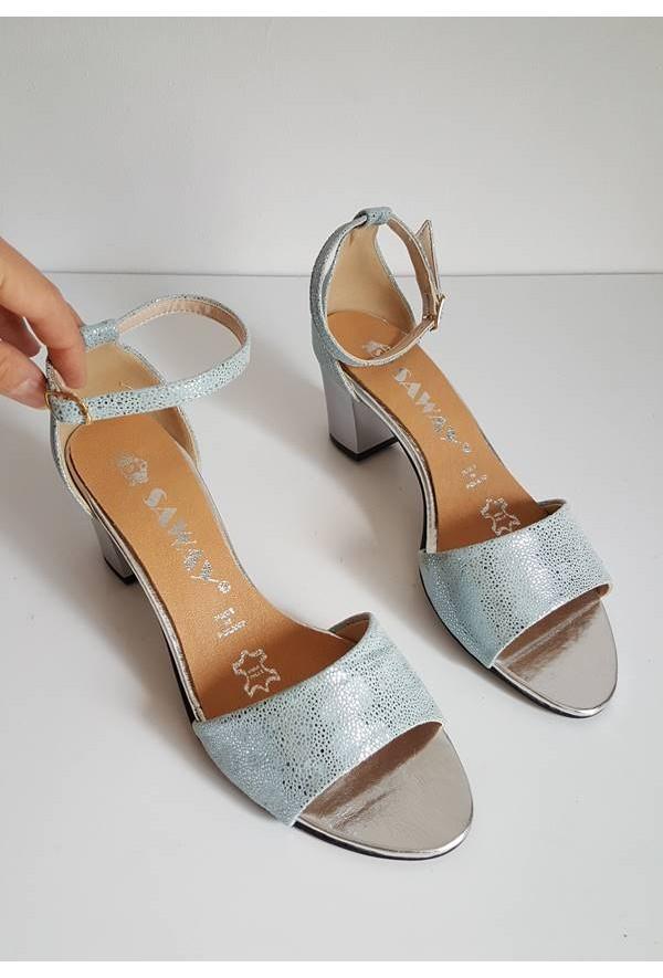 Błękitne sandały Girssa