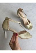 Złote sandały Lettina