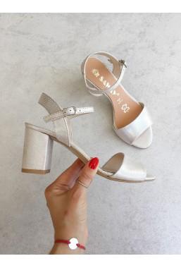 Metaliczne sandały Priyanka