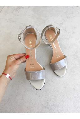 Szare lakierowane sandały Shillu