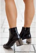 Czarne lakierowane botki Gillian