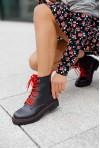 Czarne sznurowane botki Maden rosso