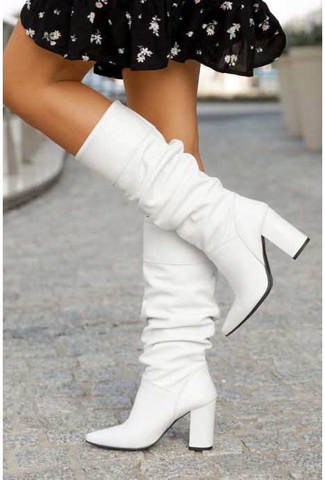 Białe kozaki Alonza