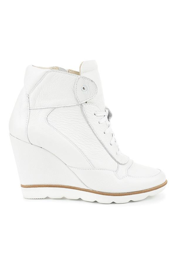 Białe sneakersy Megan