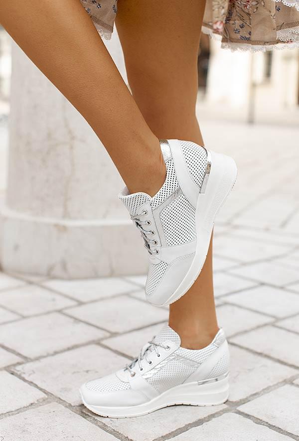 Białe sneakersy Nichole d'argento