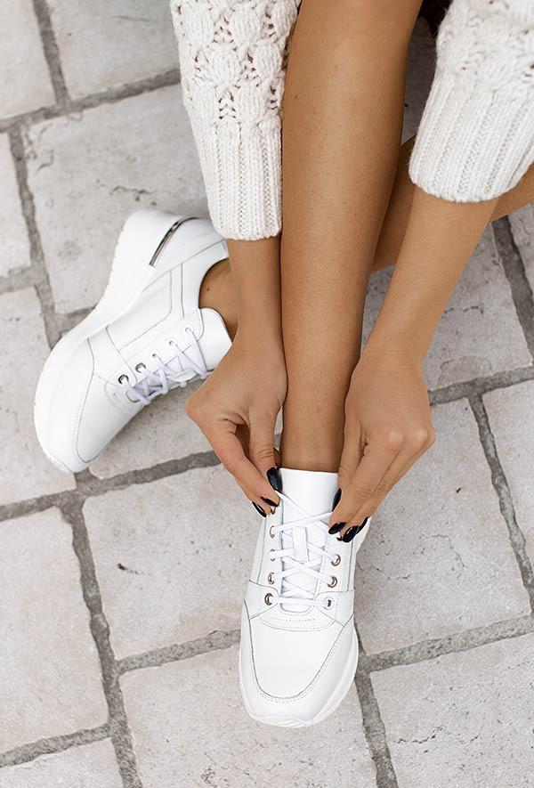 Białe sneakersy Aleena