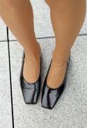 Czarne lakierowane baleriny Suzannah