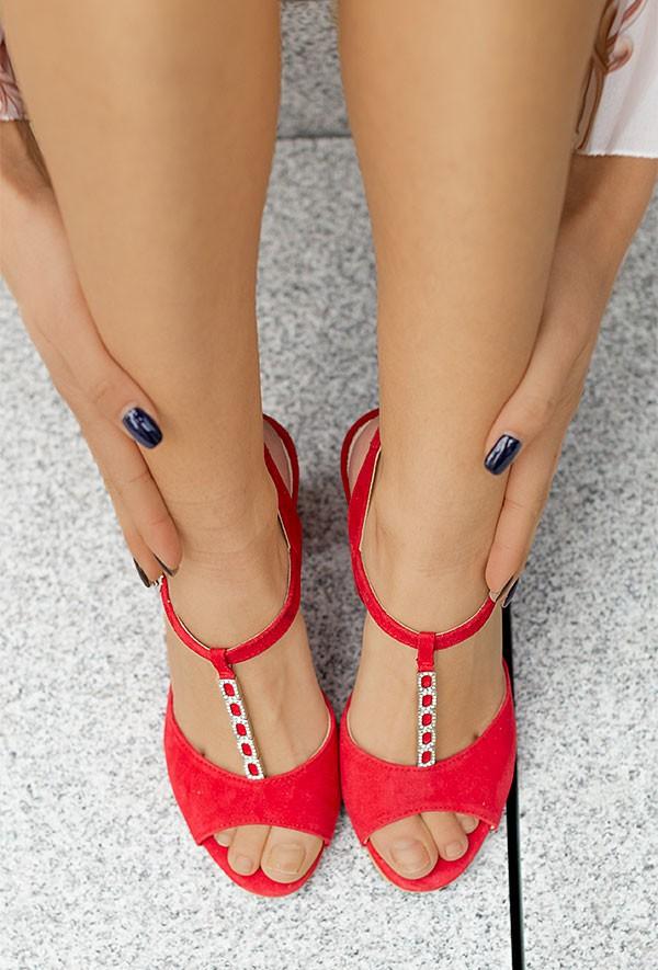 Czerwone zamszowe sandały Catrin