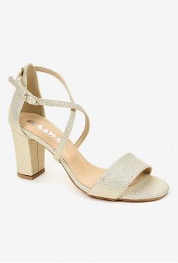 Złote sandały Cidalia