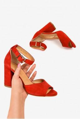 Czerwone sandały na słupku Adrianna