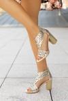 Złote sandały na słupku Agota