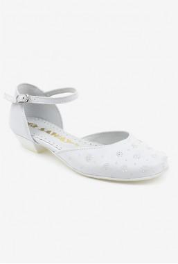 Eleganckie białe buty dla dziewczynki na komunię Cinty