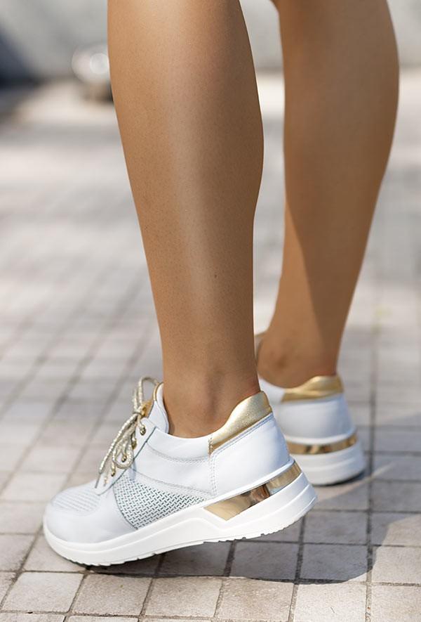 Białe sneakersy Cholie