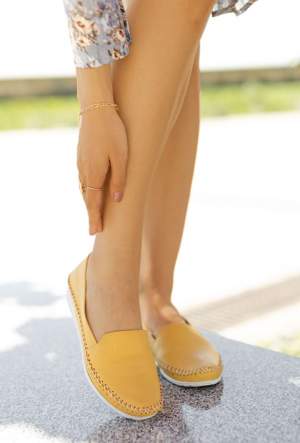 Żółte mokasyny Loida
