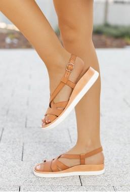 Brązowe sandały Petrona