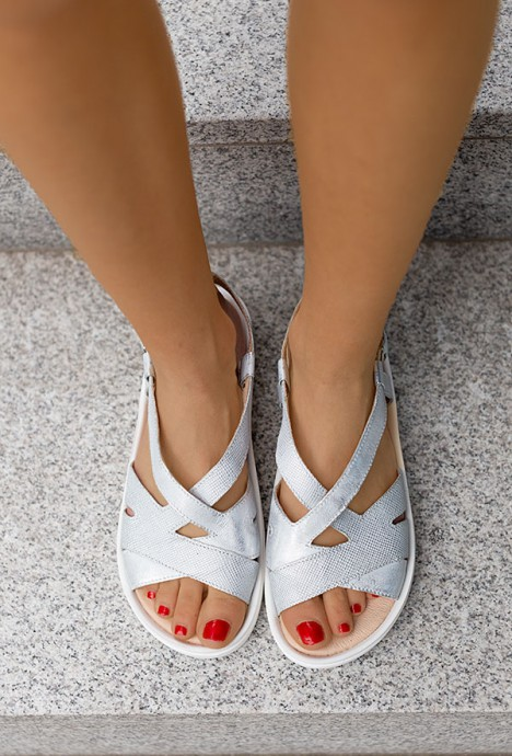 Srebrne sandały Petrona