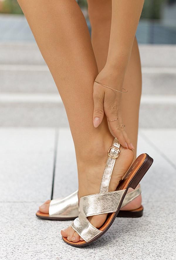 Złote sandały Alexis