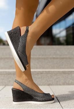 Sandały na koturnie Anja