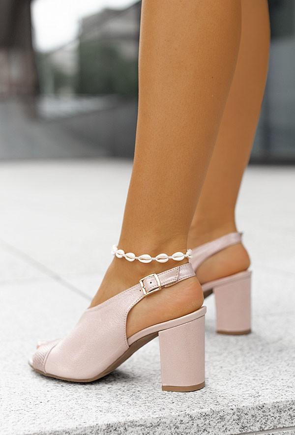 Sandały na słupku Mencia pudrowy róż