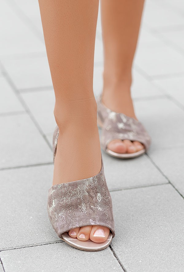 Brązowo-złote baleriny Mintina