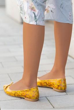 Żółte kwieciste baleriny Isidora