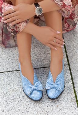 Błękitne baleriny Carolyn
