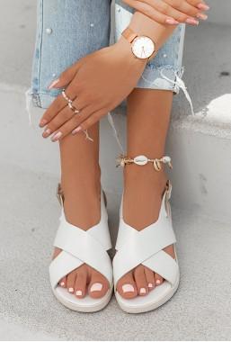Perłowe sandałki Sylvie