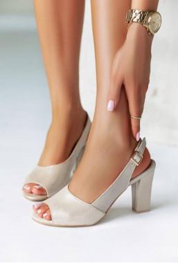 Perłowe sandały Latica