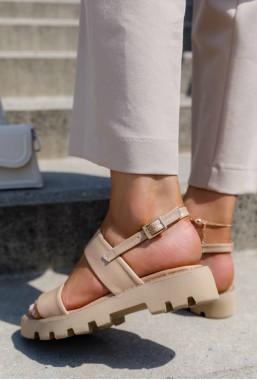 Beżowe sandały Jellina