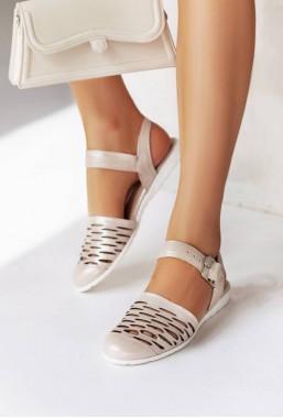 Różowe sandały ażurowe Sonja